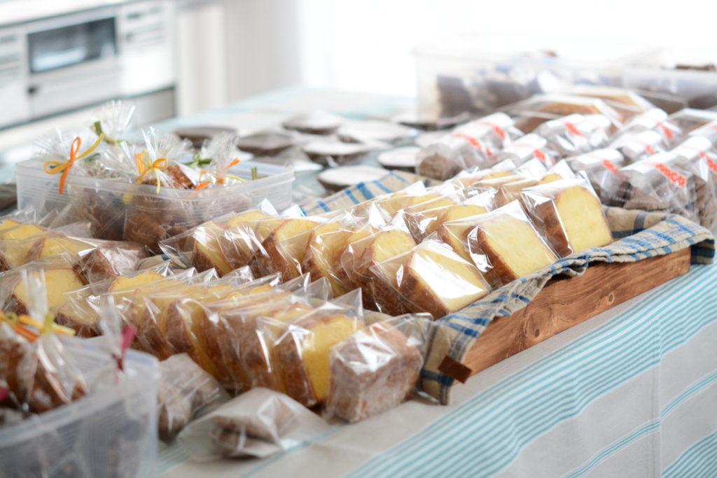 お菓子の販売イメージ